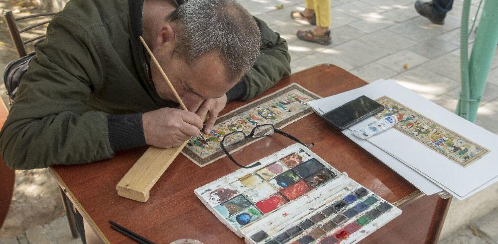Une école de miniatures sur soie à Boukhara