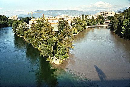 Jonction du Rhône et de l'ARve