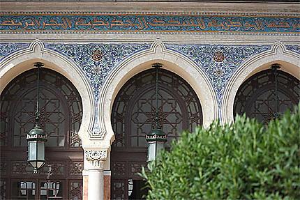 Oran - Gare SNTF - Détail de l'entrée