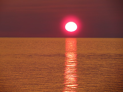 Coucher de soleil à Madeleine-Centre