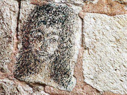 Surprenant Dessin Sur Une Pierre D Un Mur Street Art Cavtat