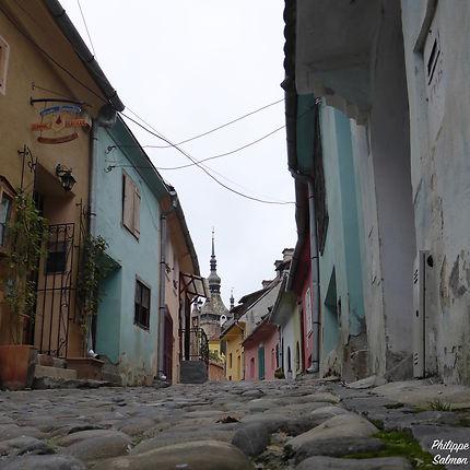 La vieille ville aux couleurs pastel