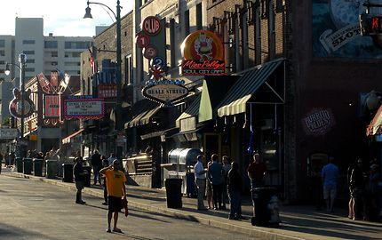 Le Haut-lieu musical de Memphis : Beale St