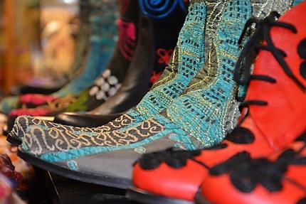 Bottes dans le Grand Bazar d'Istanbul