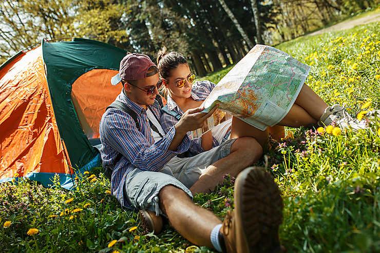 10 accessoires indispensables pour partir en camping