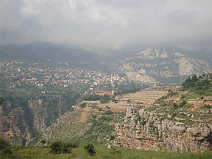 Brouillard sur la vallée de Qadisha