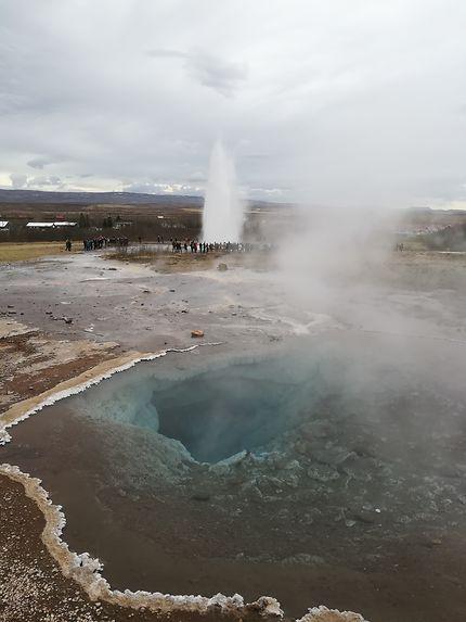 Deux geysers au Cercle d'Or