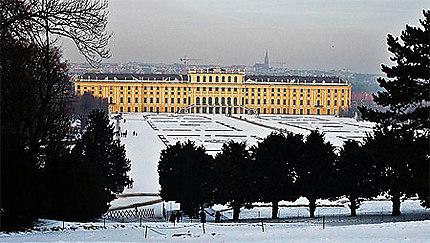 Schönbrunn enneigé