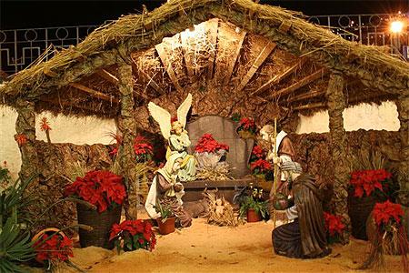 Decoration De Noel 2007 Santa Cruz Cote Sud Madere Routard Com