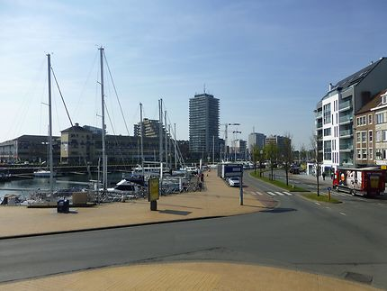 Carrefour des 2 ports