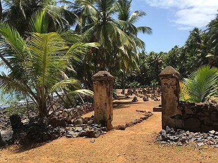 Entrée du cimetière sur l'Île Saint-Joseph