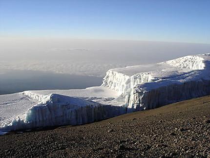Au sommet du Kilimandjaro..