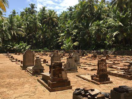 Tombes des bagnards sur l'Île Saint-Joseph