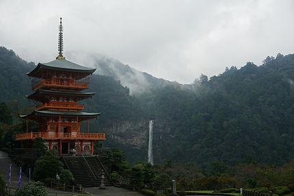 Le sanctuaire de Kumano Nachi Taisha