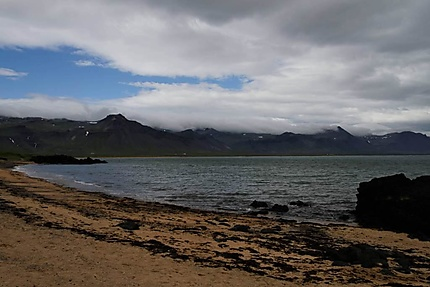 La plage de Budir
