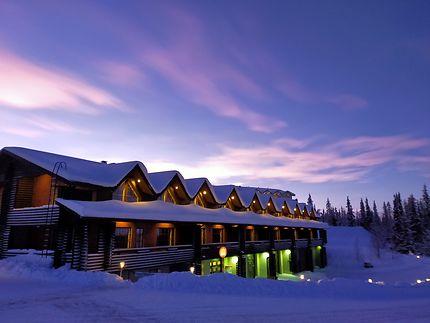 Ciel coloré au dessus de la station de ski de Olos