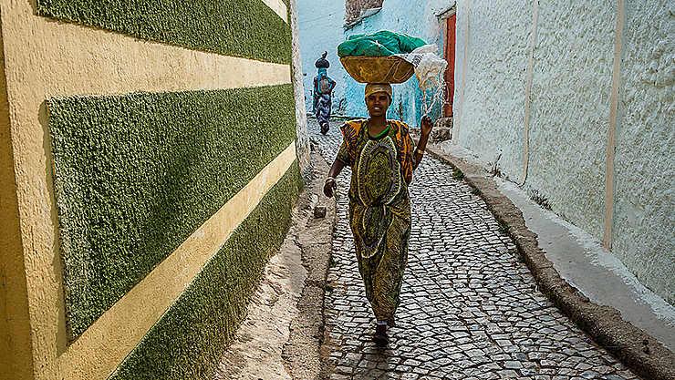 Déambulation dans les rues colorées de Hamer, Éthiopie