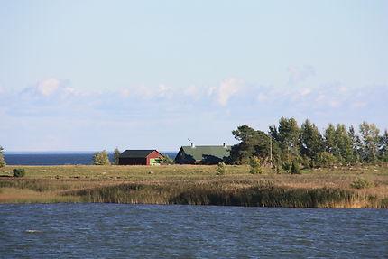 En mer, vers Kihnu en Estonie