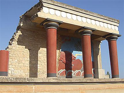 Taureau au palais de Cnossos
