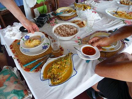 De la cuisine à la table, sur l'île Sainte-Marie
