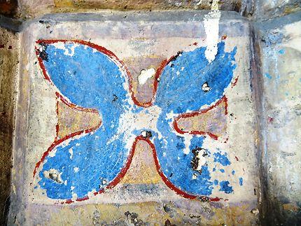 Traces de peinture (mur extérieur)