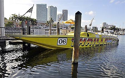 Prêts pour une promenade dans la baie de Miami