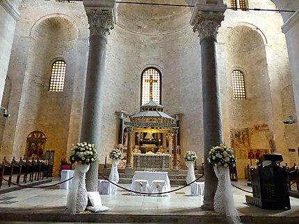Basilique San Nicola - Intérieur