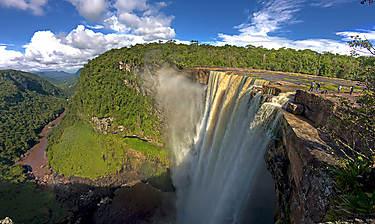 Kaieteur Falls (Chutes de Kaieteur)