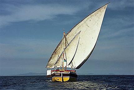 Boutre dans l'archipel des îles Radama