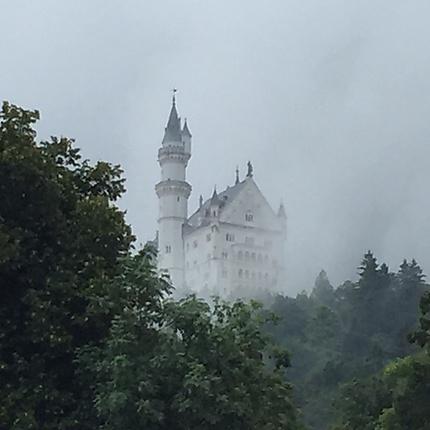 Neuschwanstein dans la brume