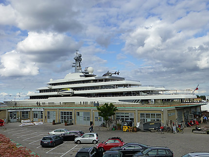 Enorme yacht