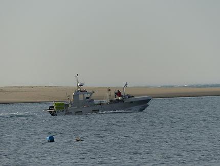 Bateau en retour de pêche au banc d'Arguin