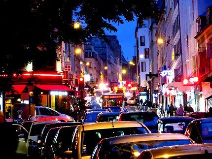 En soirée rue de Belleville