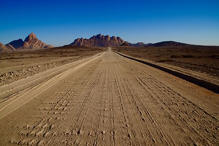 On the road again, Spitzkoppe