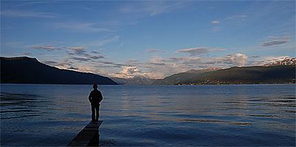 Le Sognefjord : Balestrand à 21h30 (été)