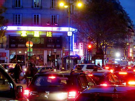 Paris la nuit (embouteillage)