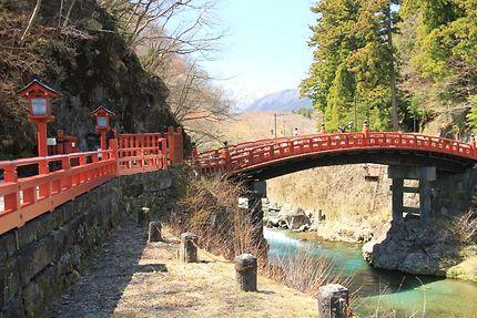 Le pont Shinkyō à Nikko