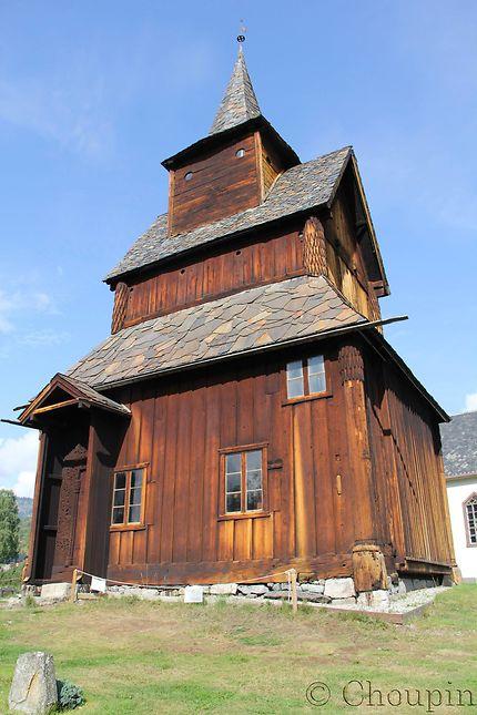 Église en bois debout en Norvège