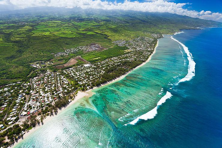 Covid-19 - Réunion : seuls les voyages pour motif impérieux sont autorisés