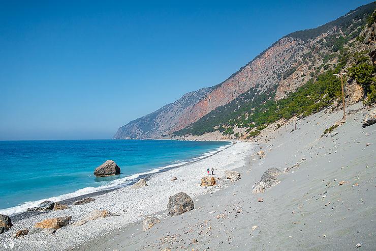 Sentier E4 sur la plage vers Agia Roumeli