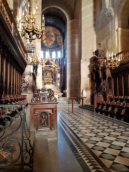 Basilique Saint-Sernin à Toulouse, intérieur