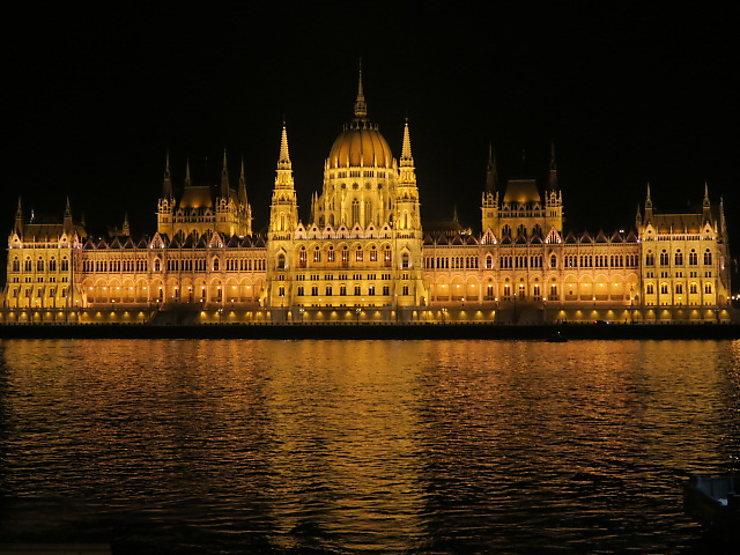 2e jour : Pest, du Danube au parc de la Ville (Varosliget)