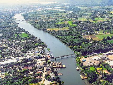 Vue aérienne de Kanchanaburi