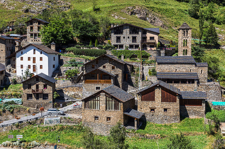 Faire une pause dans les beaux villages de Auvinyà, Ordino et Pal