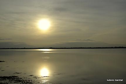 Coucher de soleil sur l'étang de Canet St Nazaire