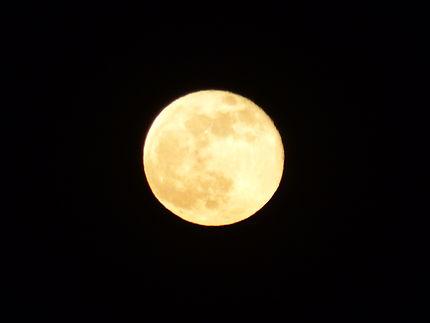 La lune rose du 27 avril