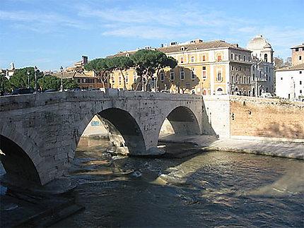 Petit Pont sur le Tibre