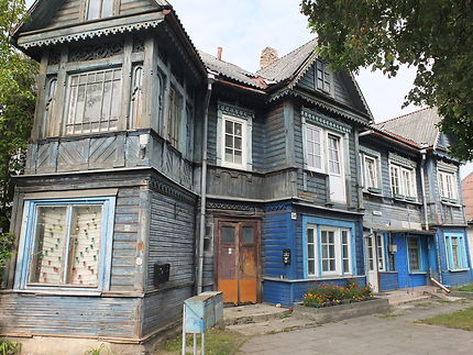 Maison en bois du quartier de Zvoerynas
