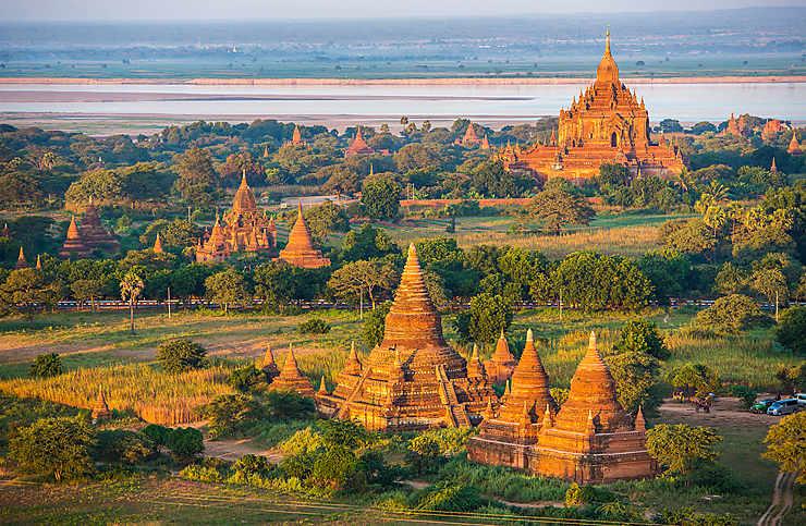Bagan et le soleil