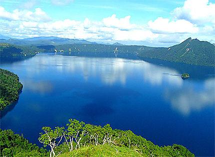 Le grand bleu du lac Masshu